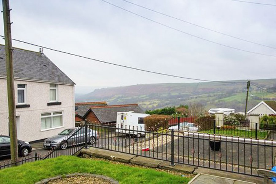 Images for Pleasant View, Bedlinog, TREHARRIS, CF46 6SF EAID: BID:Ystrad-mynach-branch